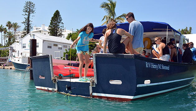 <p> Students learn how to deploy a licor instrument during a lab for the fall semester Coral Reef Ecology course. The licor measures light moving downward through the water. Students used licor measurements to determine the loss of light intensity at various depths (also called the attenuation of light).</p>