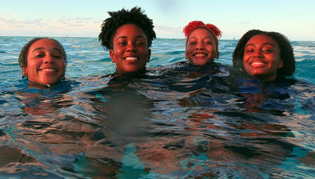 <p> 	Bermuda College students learn about our changing climate and the impacts it may have on Bermuda's coral reefs.</p>