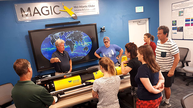 <p> 	Participants learn about AUV glider technologies being used for research at BIOS.</p>